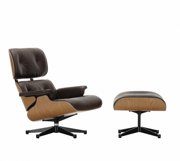 Eames Lounge Chair mit Ottoman Kirschbaum Natural Leder